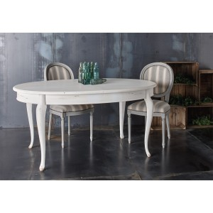 Extendable oval table 604