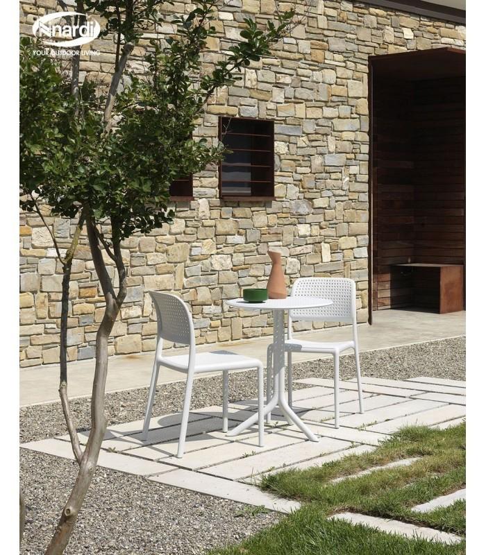 Step, tavolo in polipropilene colorato per esterno