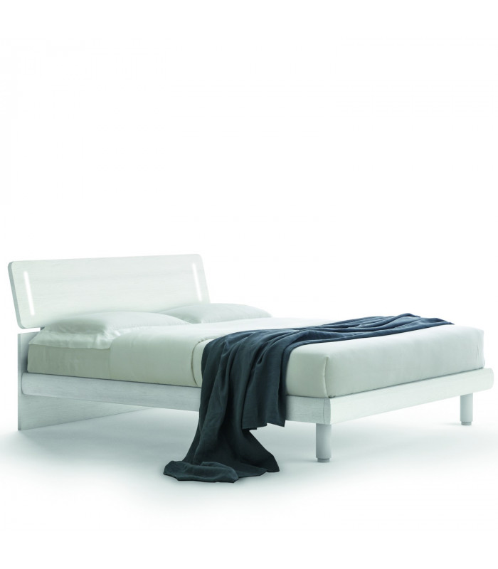 Vela bed with led