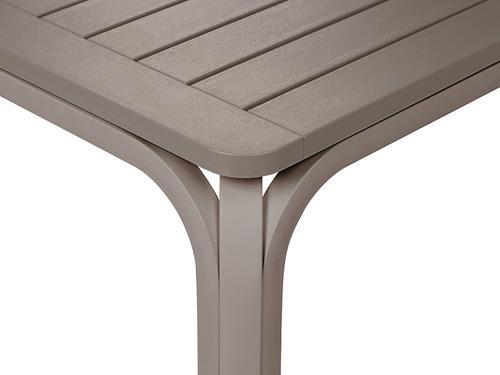 Tavolo Rettangolare Allungabile Plastica E Alluminio Per Esterni